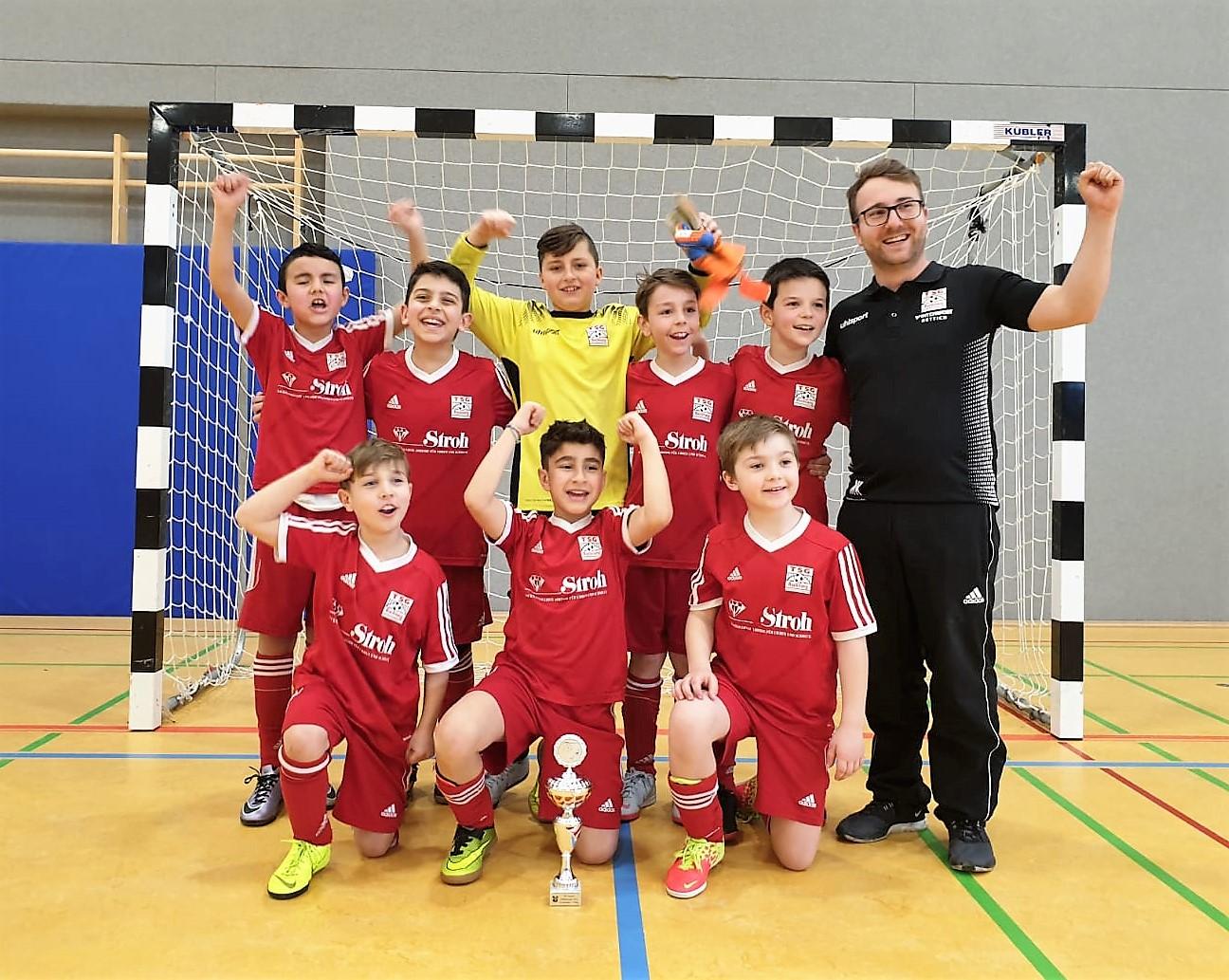 U10 gewinnt das Hallenturnier in Urbach