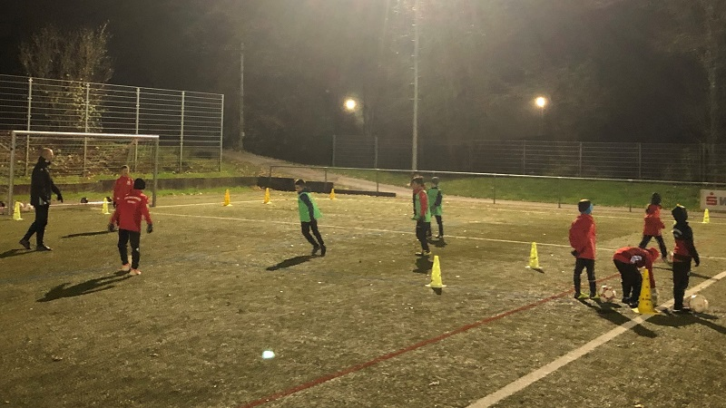 F-Junioren mit vollem Trainingseinsatz