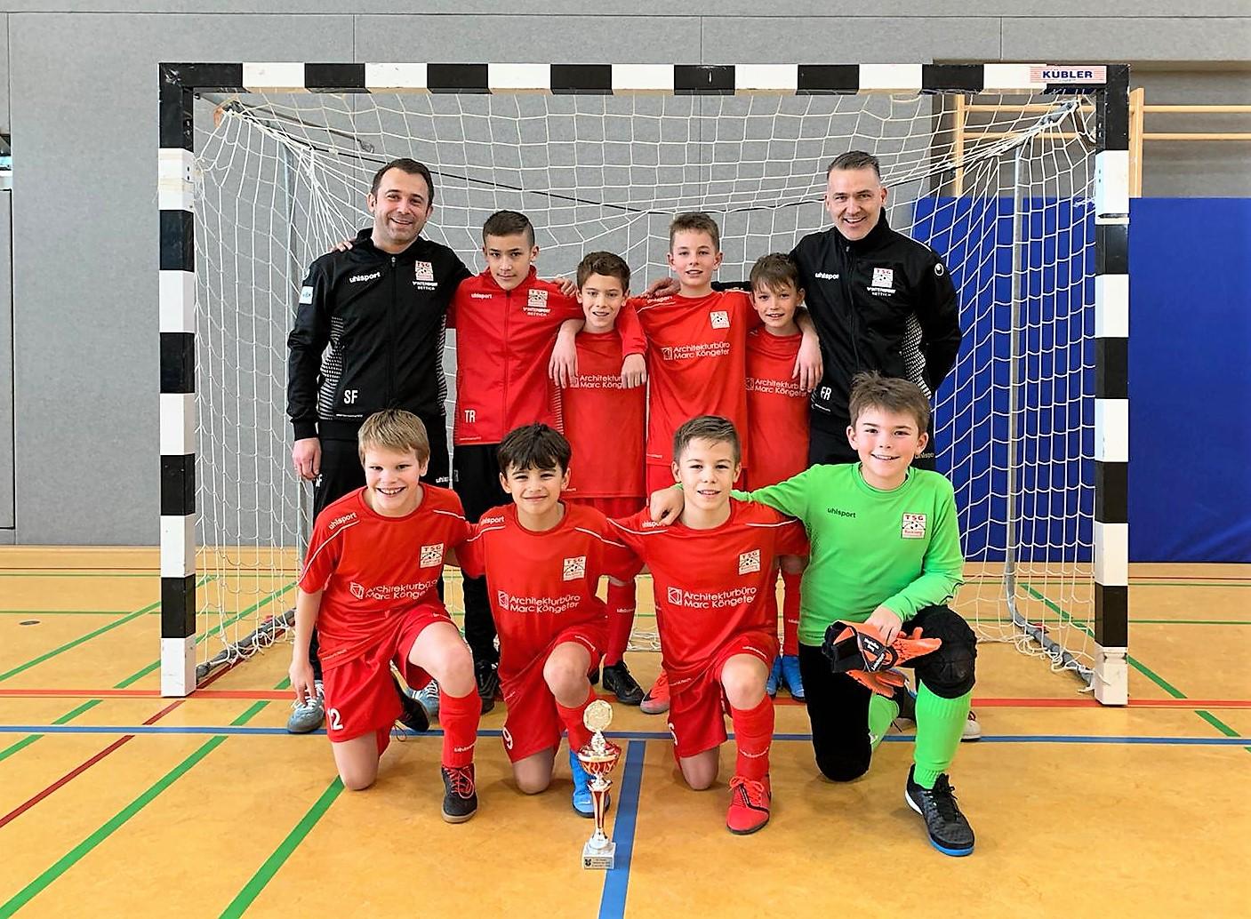 U12 gewinnt das Turnier in Urbach